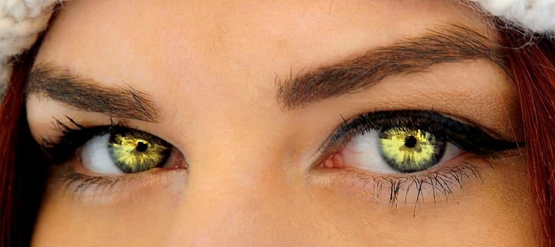 5 metode inedite pentru a schimba instant culoarea ochilor tai