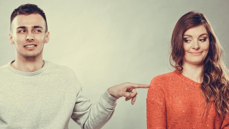 6 greseli pe care le fac oamenii intr-o relatie