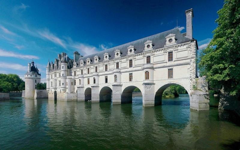 Ce sa vizitezi in Franta – top destinatii turistice atractive