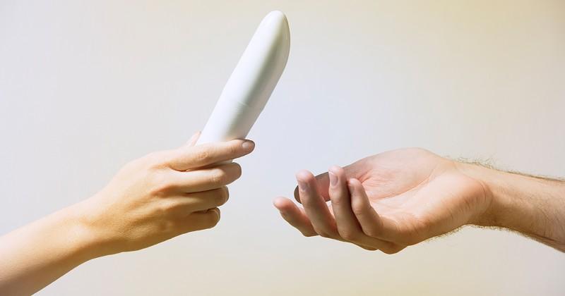 Cum introduci jucariile sexuale intr-o relatie