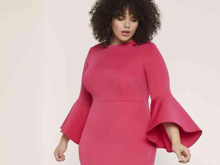 Cum sa alegi o rochie de dimensiuni mari: echilibru, forma si culoare