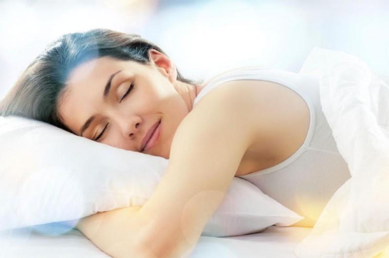 Cum sa urmezi o rutina sanatoasa pentru un somn linistit