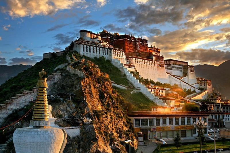 Top cele mai frumoase și interesante castele