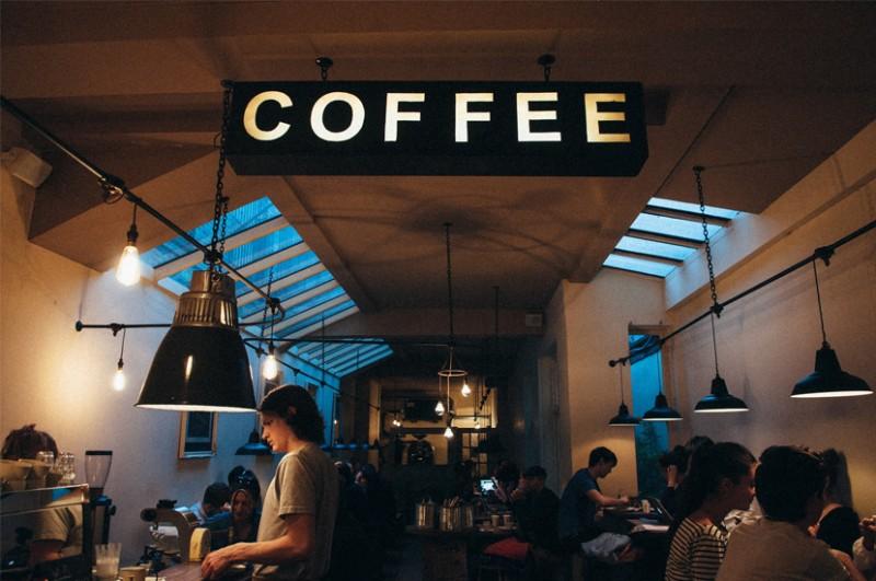 Visual merchandising cafenea, cafenea, interioare cafenea, coffee shop,